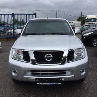 Nissan Navara 4WD