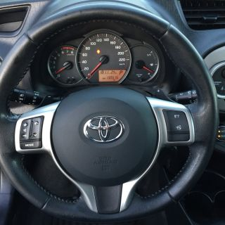 Toyota Yaris Connect 1.33vvt-i GPL Automatic