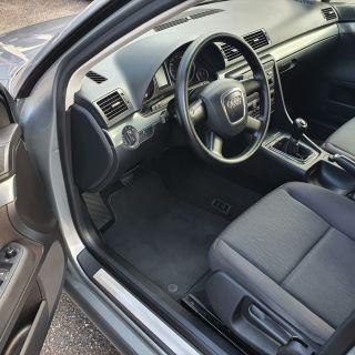 Audi A4 2.0TDI /6ск